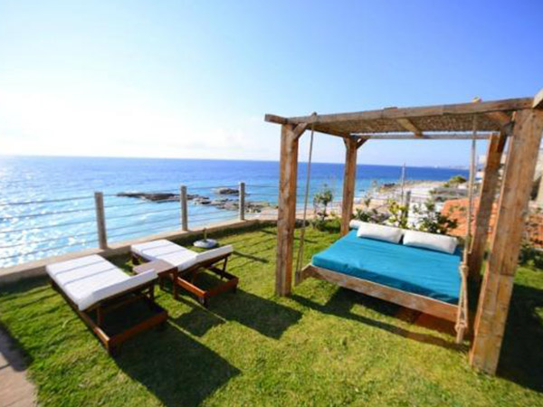 Loco Beach Resort, Lebanon